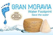 Water Footprint. Gran Moravia è il primo formaggio al mondo a calcolare la sua impronta idrica.